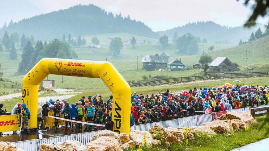 Peste 1.500 de alergători iau startul la ediția aniversară Maraton DHL
